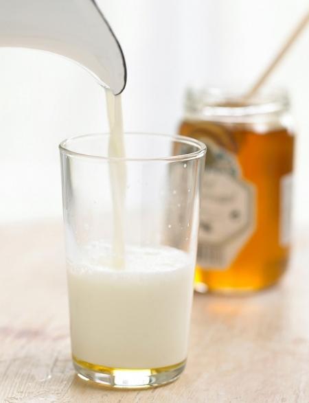 خلطة اللبن والعسل