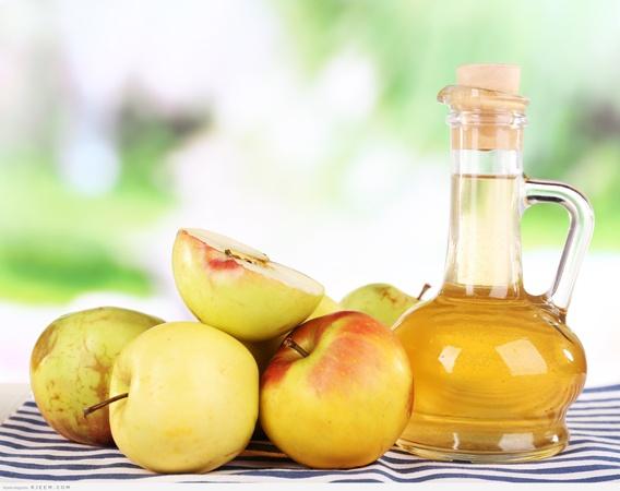 خلطة السكر البني وخل التفاح