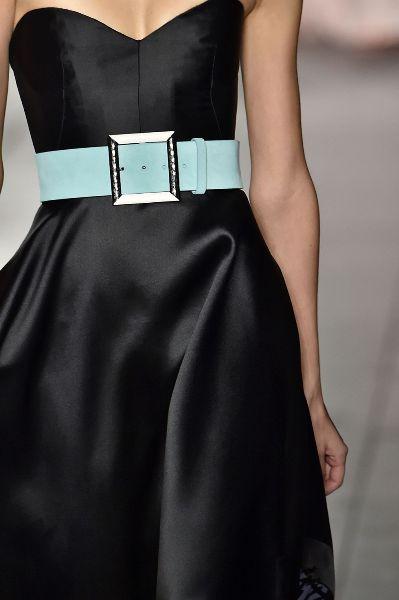 حزام الخصر العريض بألوان الباستيل