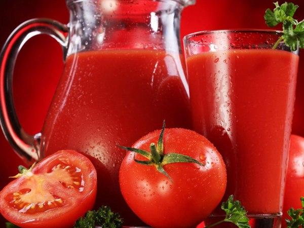 عصير الطماطم مع الليمون للهالات السوداء