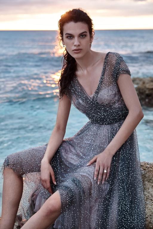 فستان زفاف للبحر