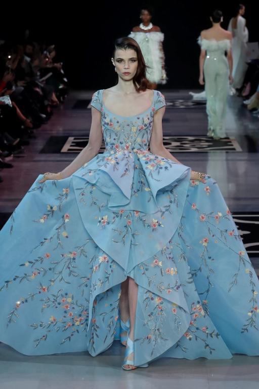 فستان خطوبة أزرق