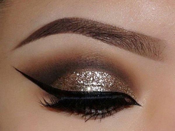 ظلال العيون الذهبي