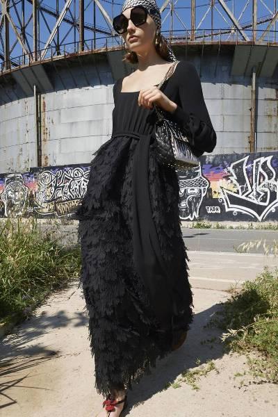 الفساتين العصرية الطويلة