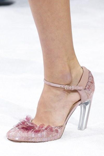 الأحذية الفاخرة