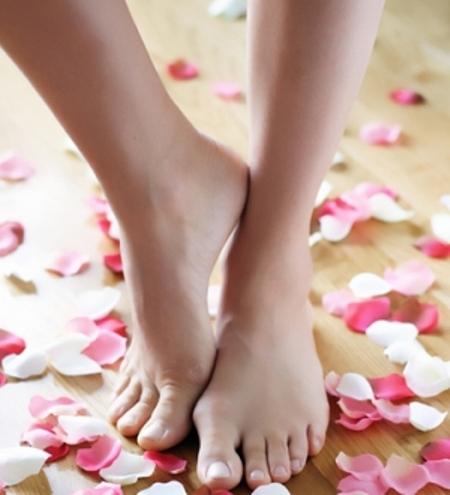 بشرة القدمين