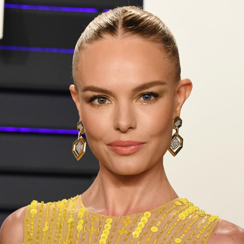 22af0505e وفي ما يلي، جولة على مكياج وتسريحات شعر النجمات في حفل Oscar 2019 فمن كانت  الأجمل في رأيك؟
