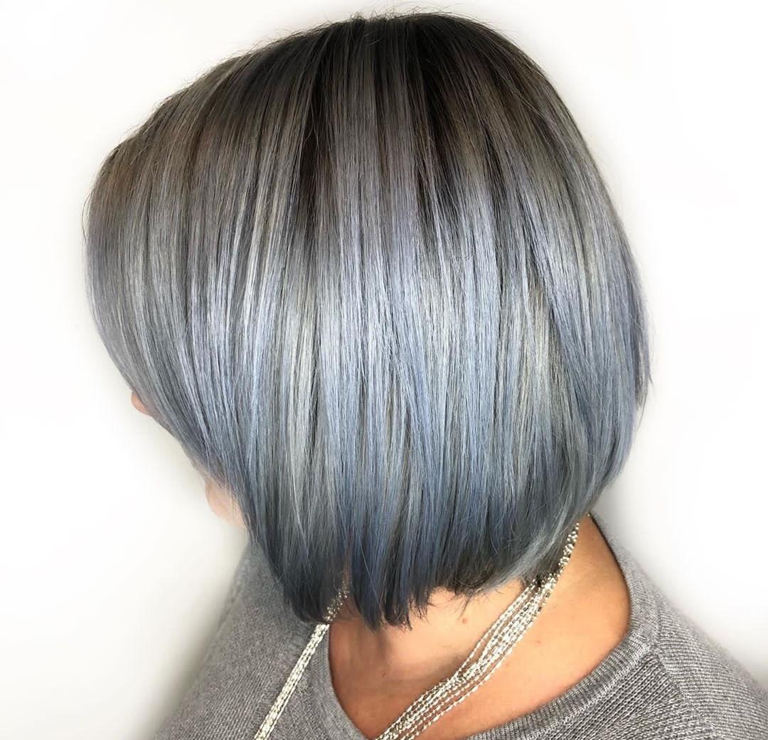 Grau Grad blau