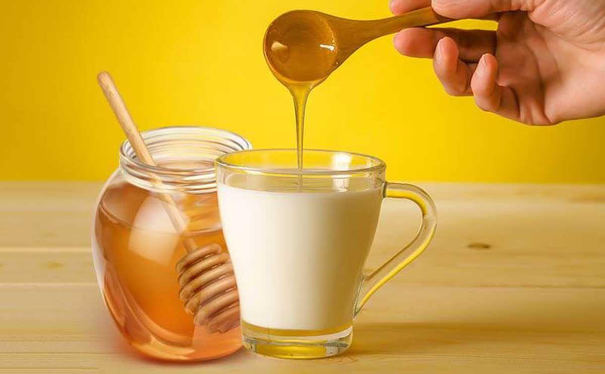 ماسك العسل والحليب لتنعيم الشعر