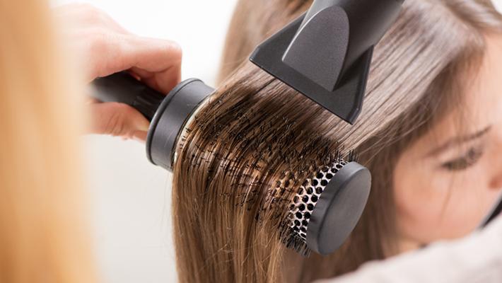 المصفف يؤدي لزيادة جفاف  الشعر (صورة داخلية).png