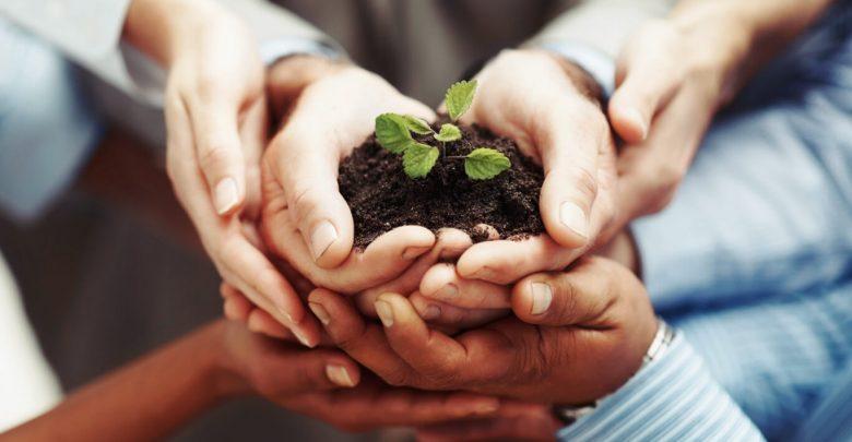 العمل التطوعي والعطاء