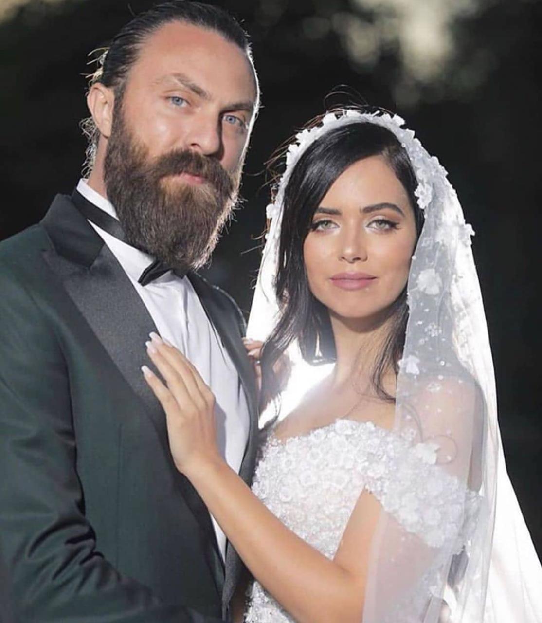 زفاف الإعلامية عزة زعرور