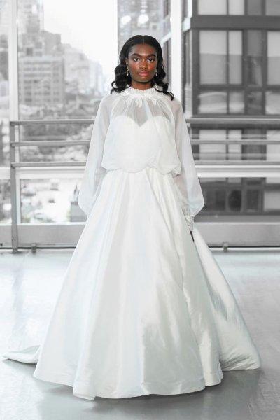 فساتين زفاف باكمام 2021