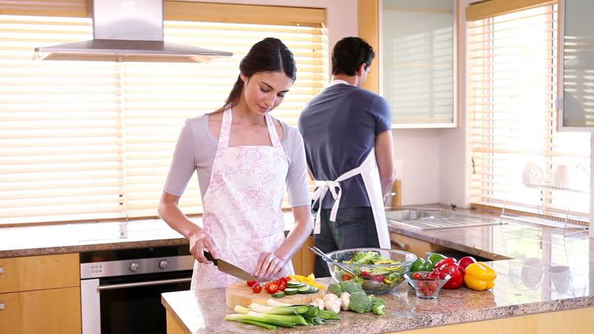 اختبار أكل مطبخ جديد