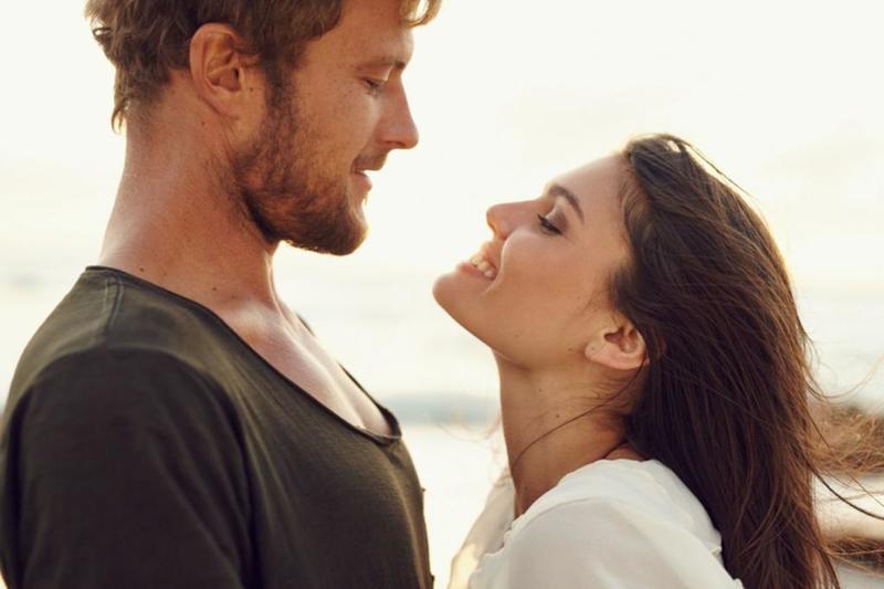 أفكار رومانسية تسعد الزوج