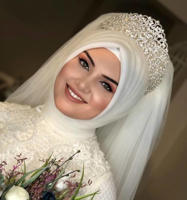 لفات طرح عروس محجبة