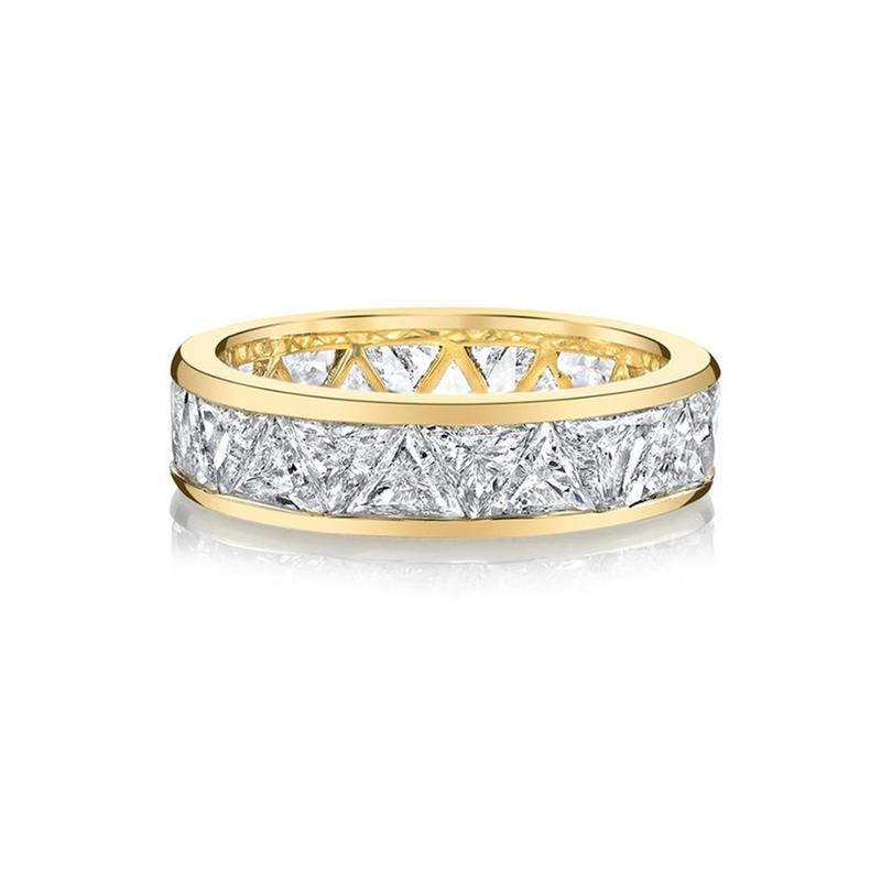 خاتم زفاف باحجار برّاقة