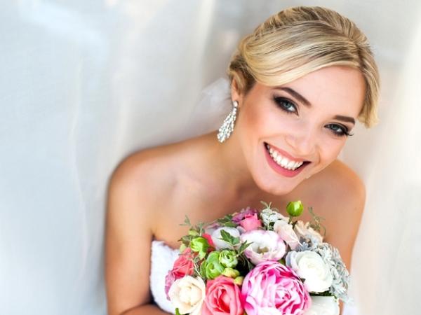 علاجات تجميلية لعروس مشرقة