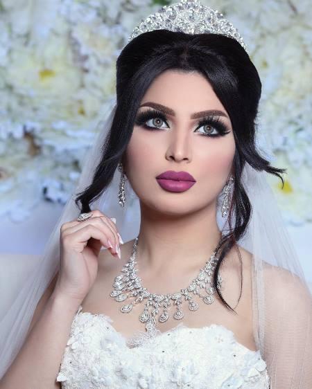إطلالة مميزة للعروس