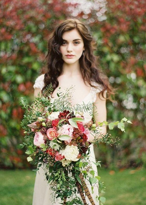 بوكيه عروس ملون