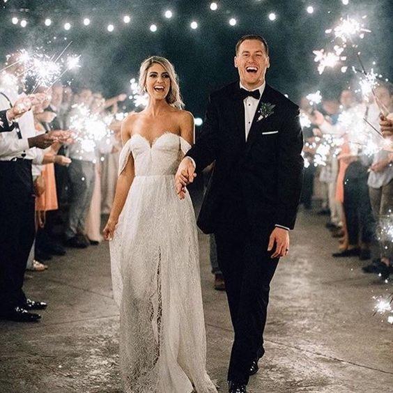 دخول العروس على أضواء الشموع