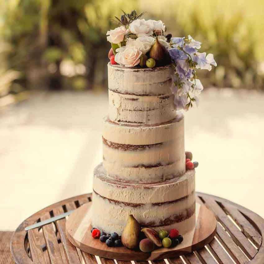 نكهة كيكات حفلات الزفاف