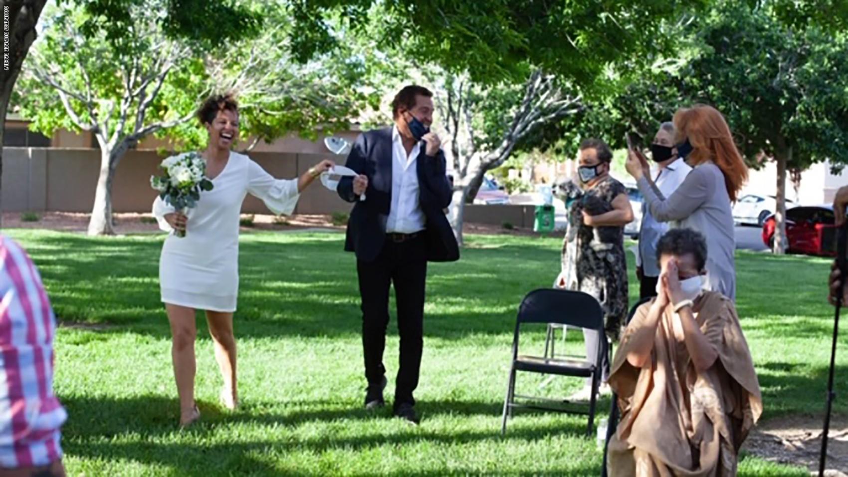 حفلات زفاف خلال التباعد الإجتماعي