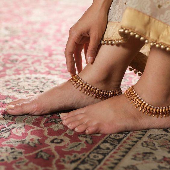 خلخال للعروس على الطراز الهندي