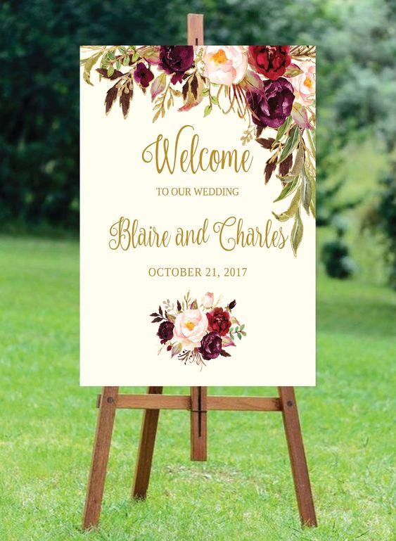 لافتة زفاف مرحة من الكارتون والخشب