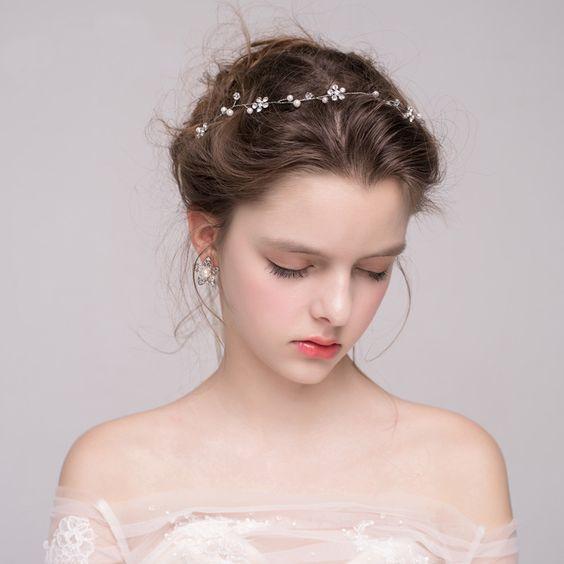 خطوات تطبيق مكياج أحادي اللون للعروس