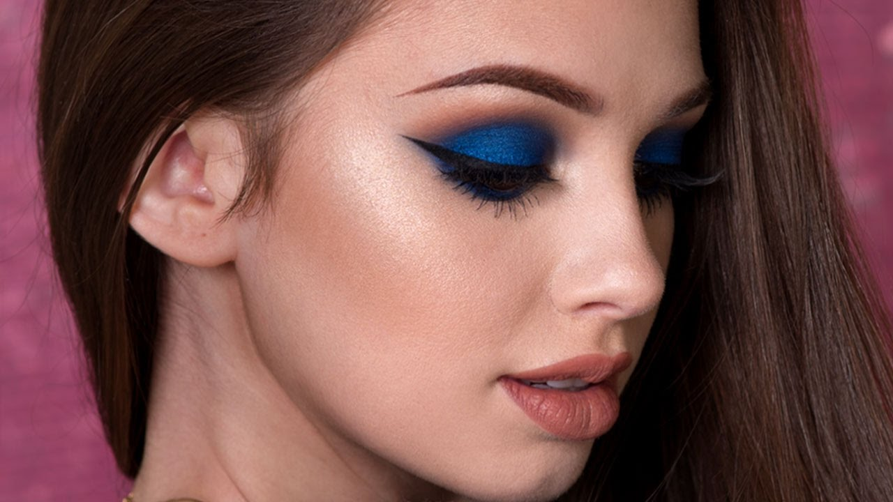 مكياج عيون عروس أزرق