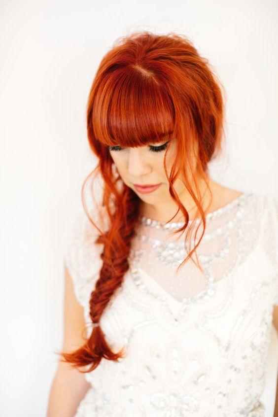صبغة شعر من اللون الكستنائي الأحمر