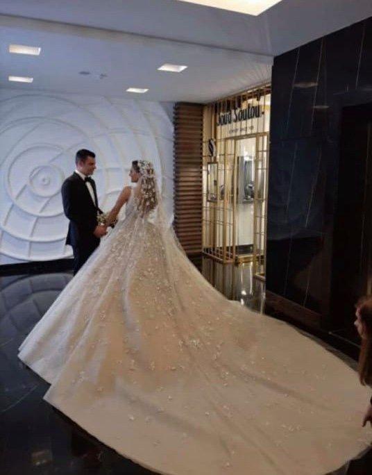 فستان العروس من تصميم إيلي صعب