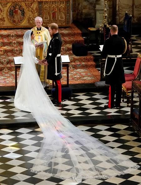 فستان ميغان ماركل