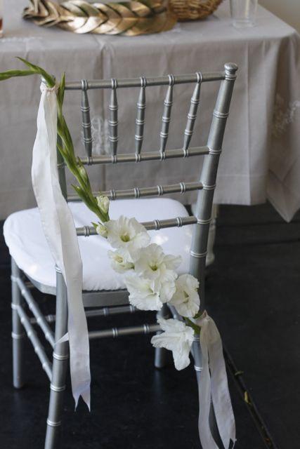 تزيين كراسي الزفاف بأزهار الأوركيد