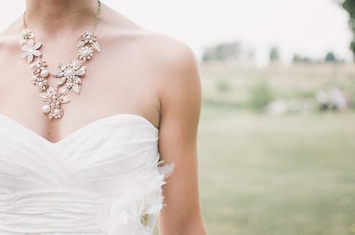 فستان الزفاف بقبّة القلب Neckline Sweetheart
