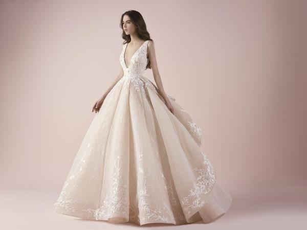 فساتين زفاف من تصميم سعيد قبيسي