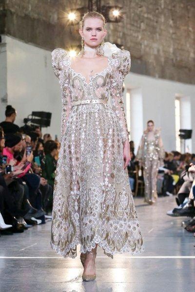 فستان ايلي صعب Elie Saab