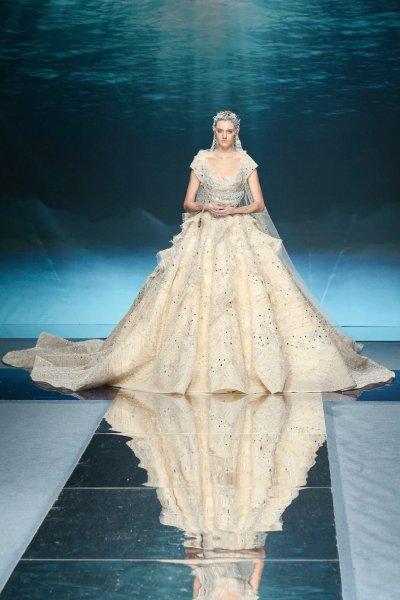 فستان زياد نكد Ziad Nakad