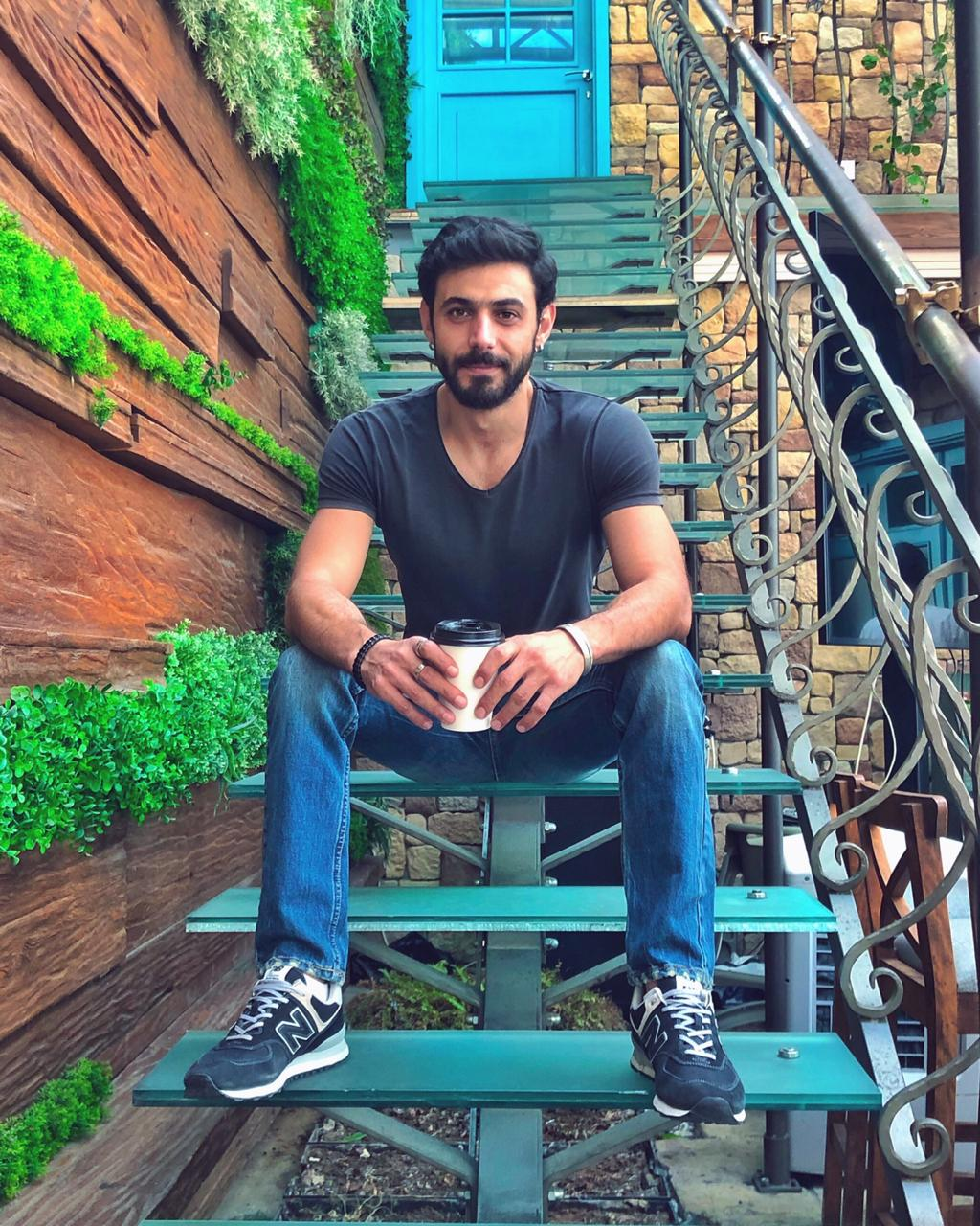 وسام فارس