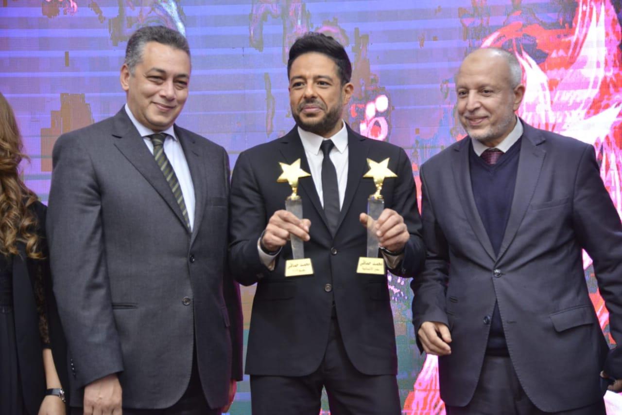 خلال تكريم محمد حماقي في المهرجان