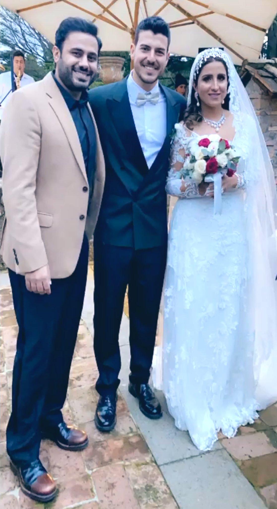 العروسان مع عبدالله بوشهري