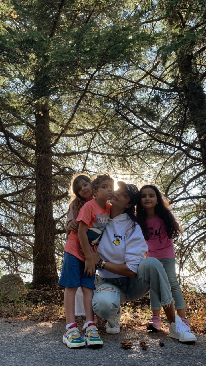 نادين وأولادها