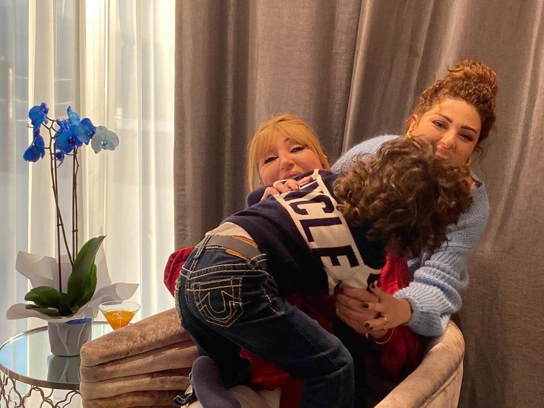 ميريام ووالدتها وابنها جايدن