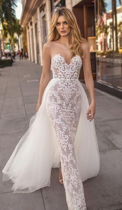 فستان من الدانتيل