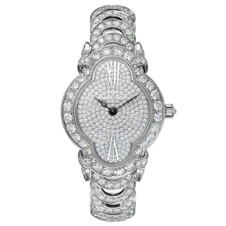 الماس يزين ساعة فاشرون كونستانتان