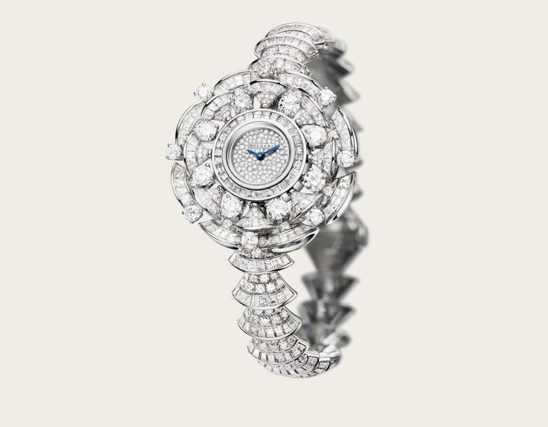 الماس يزين ساعة بولغاري
