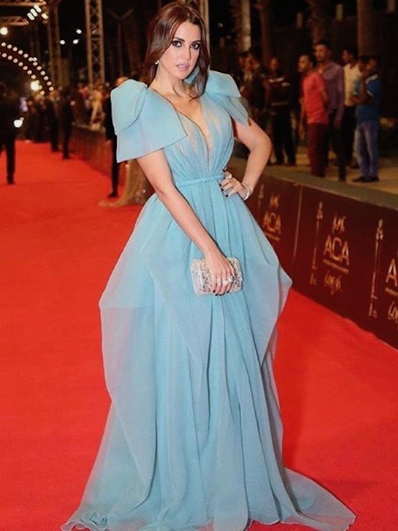 درة زروق في فستان أزرق من ليث معلوف