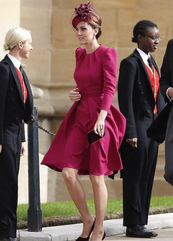 كايت ميدلتون في فستان من الكسندر مكوين