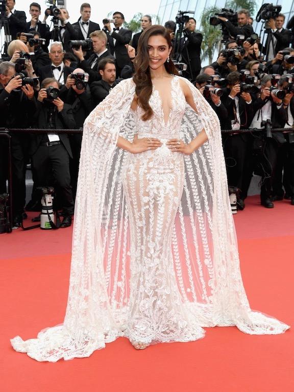 ديبيكا بادكون في فستان زهير مراد